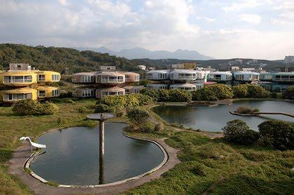 Lieux abandonnés: Sanzhi taïwan Maisons Ovni 3
