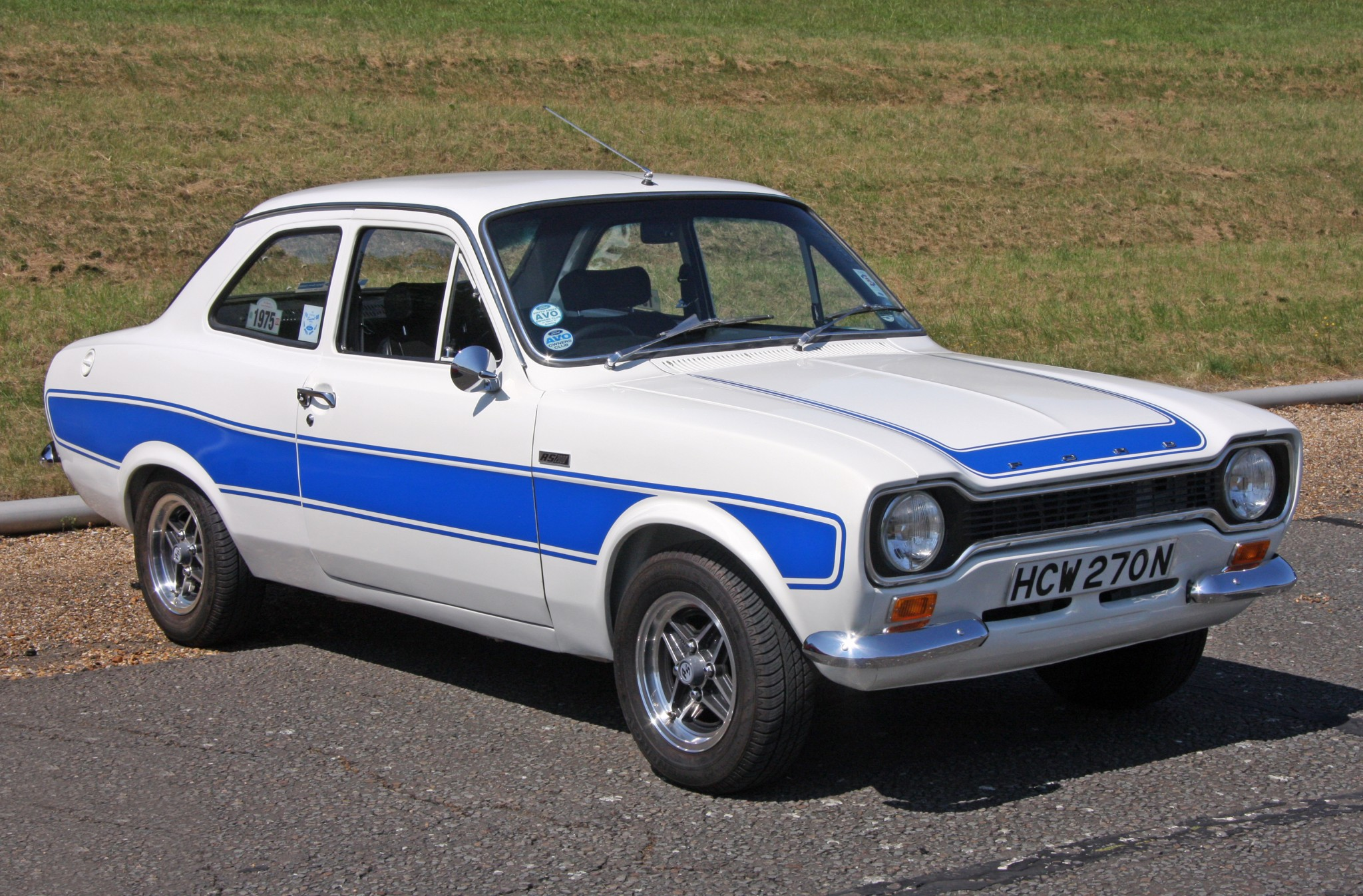 a vendre ford escort rs 2000 1975 vendue auto reverse. Black Bedroom Furniture Sets. Home Design Ideas